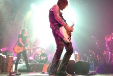 Love On the Rocks: The Darkness, The Virgin Wolves @ House of Blues Dallas, 5/27/12